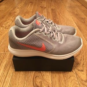 Nike Revolution 3 Women's Running Shoes Size 7.5